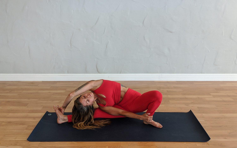Restorative Yoga – Awareness and Breath (60 minutes)